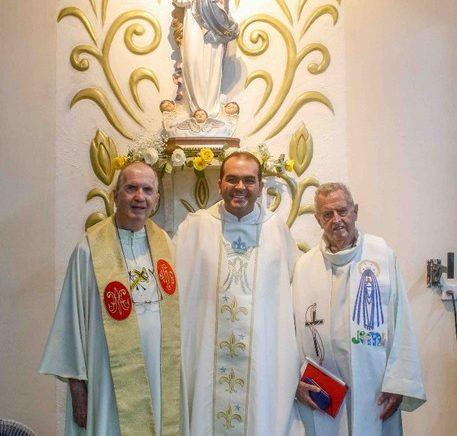 Área Missionária Maria Imaculada Entroniza Nova Imagem de sua Padroeira
