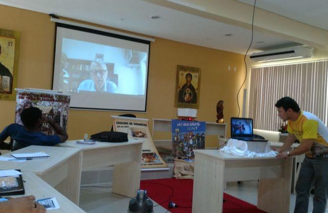 Provincial do Brasil Transmite sua Mensagem via Skype ao Oblatos do Distrito Amazônia