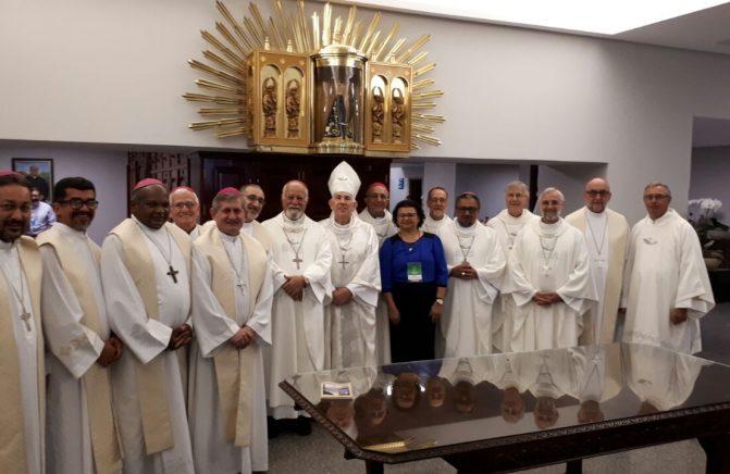 Bispo Oblato Concelebra Missa na Basílica Santuário Nacional de Aparecida, na 56ª Assembleia Nacional dos Bispos do Brasil