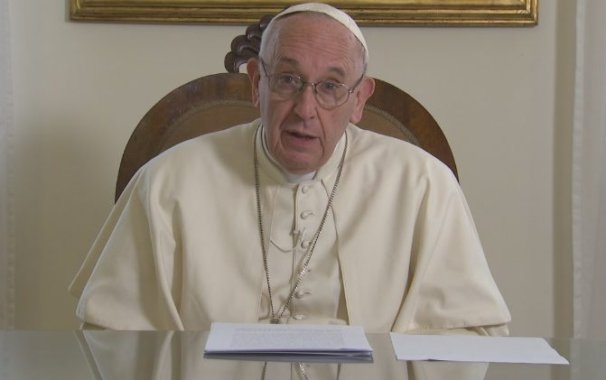 Papa: escravidão não é algo de outros tempos