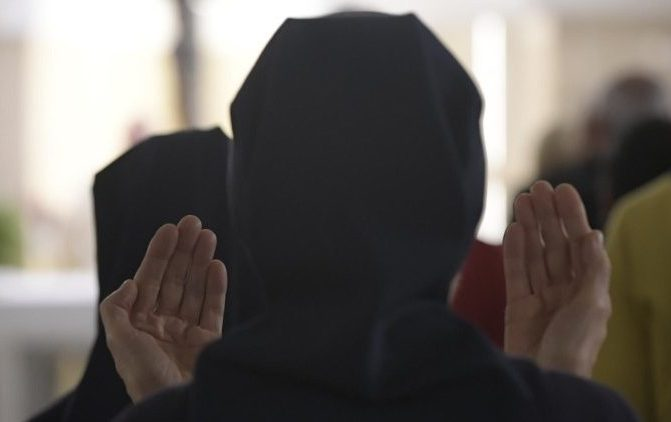 Papa: aprender a rezar com coragem e insistência