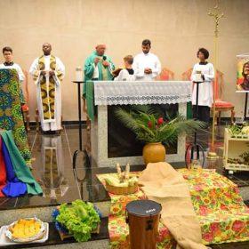 Paróquia Nossa Senhora Aparecida Realiza Missa Afro no Dia da Consciência Negra