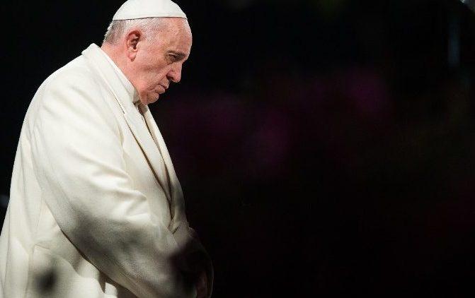 """Papa convoca """"24 horas de oração para o Senhor"""""""