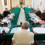 Papa preside reunião do Conselho de Cardeais