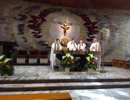 Provincial do Brasil Celebra Missa em Espanhol no Intercapitular da Polônia