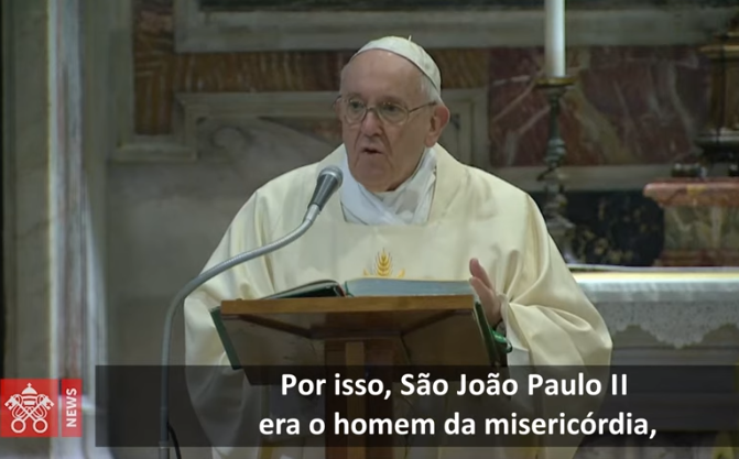 Francisco: João Paulo II, homem de oração, proximidade e justiça que é misericórdia