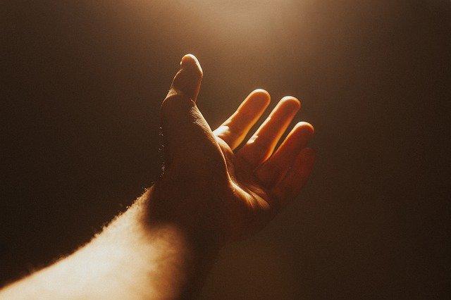 Por que devemos ter a certeza da vitória em Deus?