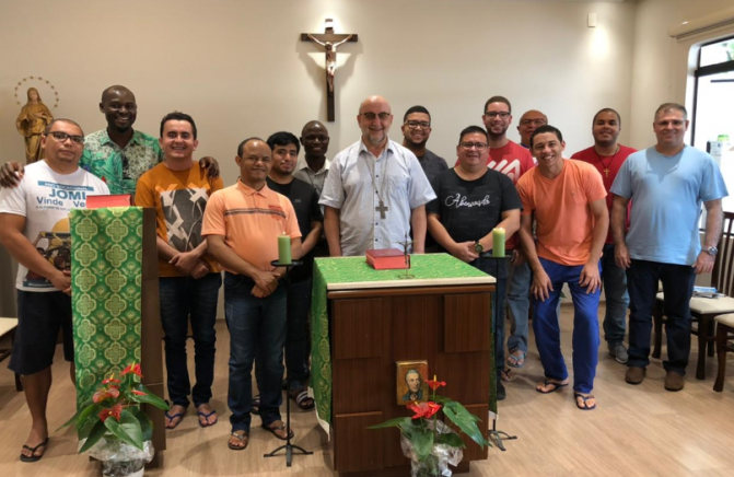 Dom João Kot Visita o Pós-Noviciado do Brasil
