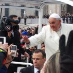 A oração de Jesus é o modelo da nossa oração, afirma o Papa